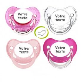 Lot de 4 tétines physiologiques fille (rose, paillettes, pastel, transparente)